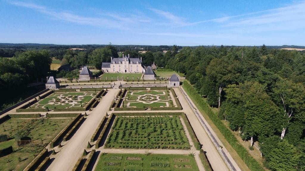 coscro jardin classique debut 17e siecle